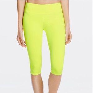 Fabletics Neon Yellow Cropped Capri Leggings | L
